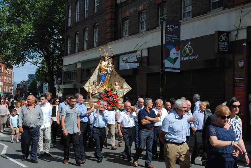 Italian procession 3